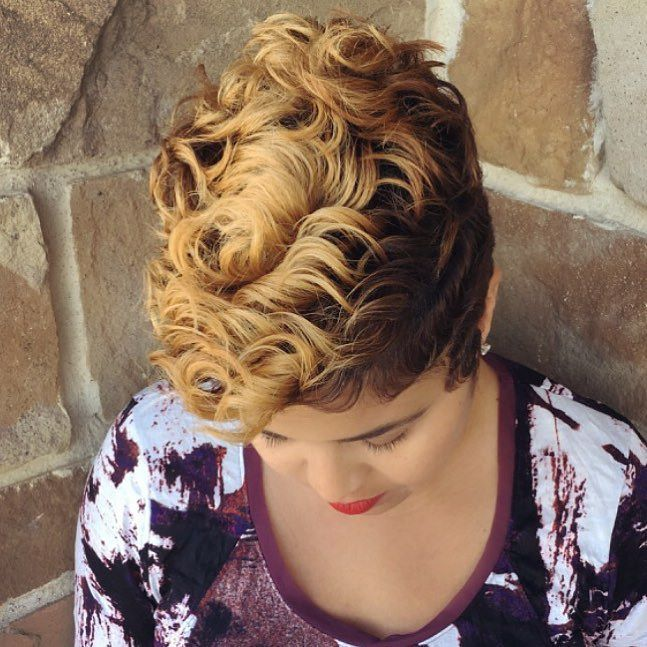 Loveeeeee #TheCutLife #ModernSalon #nothingbutpixies #EssenceMag #Shorthair #Khimandi #VoiceOfHair #Hair by khimandi