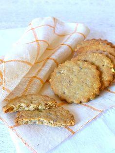 Ces biscuits sans gluten aux noisettes vous transportent ni plus ni moins en Bretagne ! Avec leur pointe de fleur de sel, leur croquant et leur délicate saveur noisette... On s'y croirait !