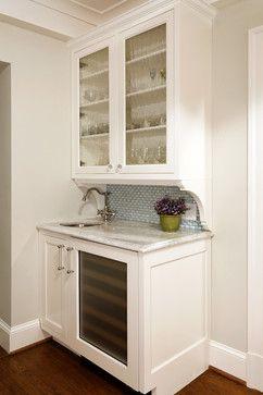 Deluxe in Alexandria - traditional - kitchen - dc metro - Erin Hoopes Bar - great design