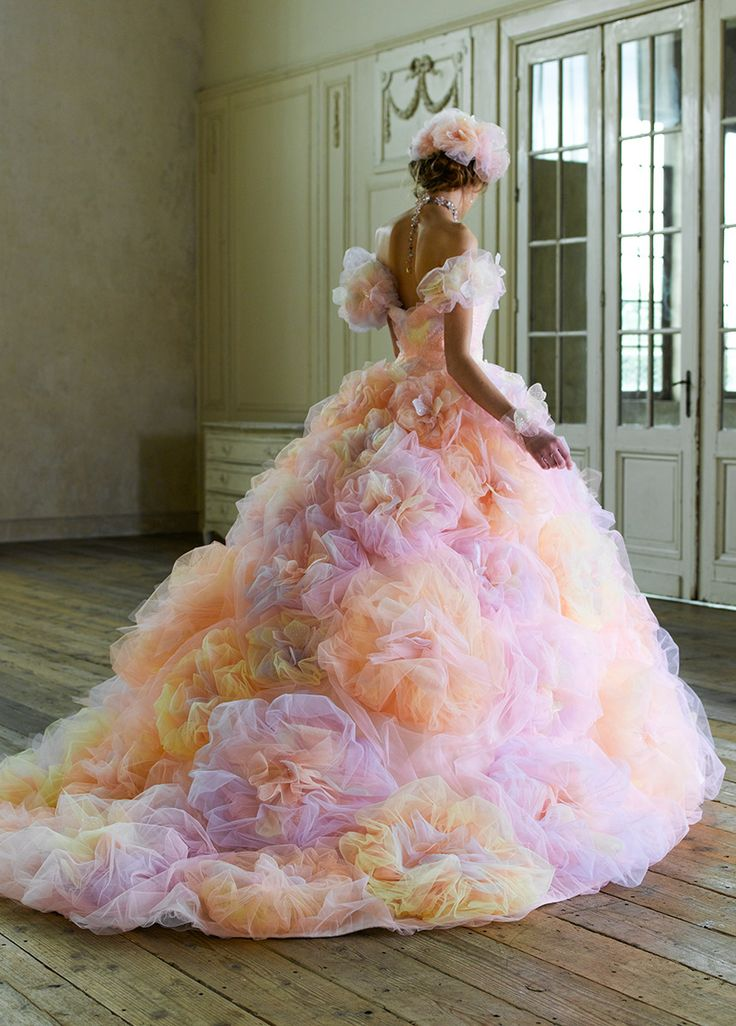 カラードレス   桂由美フランチャイズ ブライダルハウス仙台