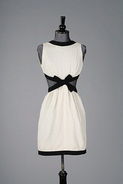 Dress Yves Saint Laurent, 1966 Kerry Taylor Auctions                         his designs are timeless