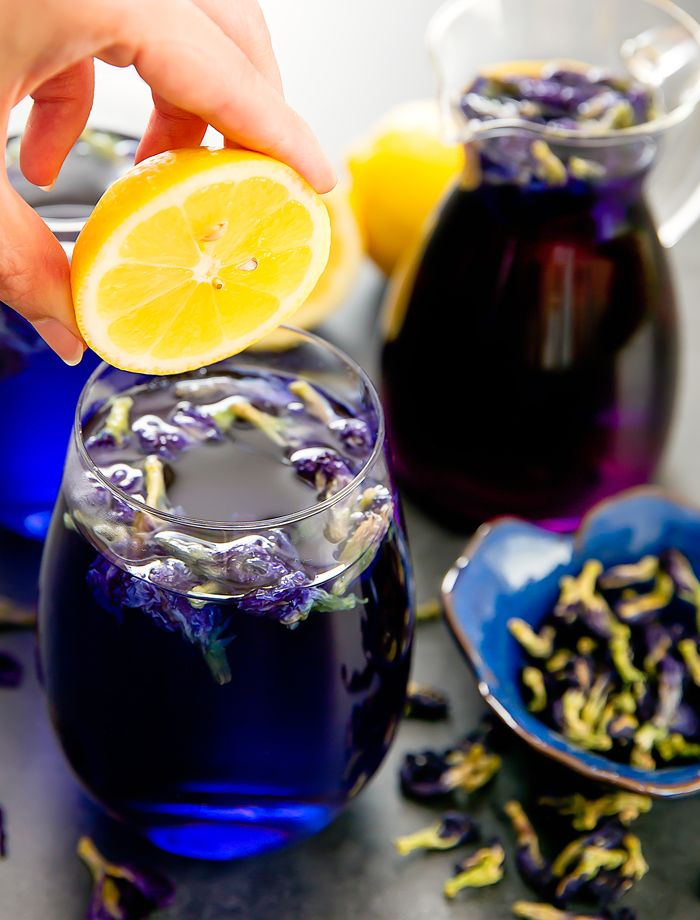 Butterfly pea flower tea lemonade