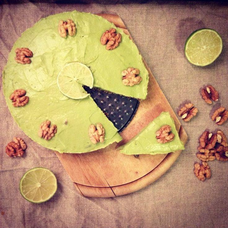 Én kicsi paleo konyhám: Limeos nyers avokádó torta
