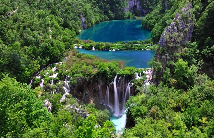There are 16 lakes in Plitvice Park, Croatia, linked together by rivers and around 100 waterfalls.