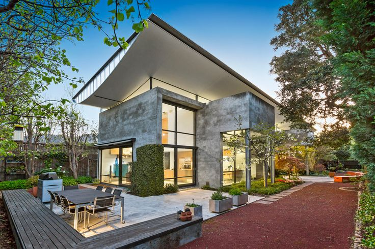 Toorak - Abercromby's Real Estate