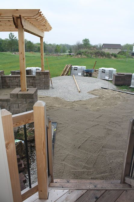 The Hansen Family: How to build a patio {part 4}: Laying pavers