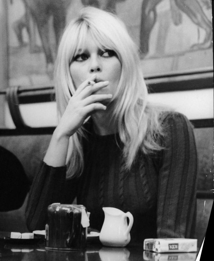 A blog dedicated to the ever-inspiring French goddess Brigitte Bardot.