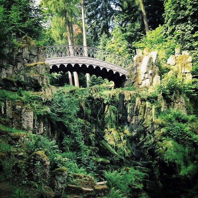 Teufelsbrücke, Wilhelmshöhe, Kassel (@hannesbecker / German Roamers)