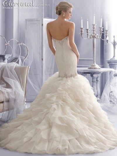 Vestido-de-Novia-LAETITIA-corte-estilo-Sirena-Trompeta-y-escote-tipo-Corazon2