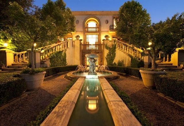 Get that Luxe Look - Le Chatelat Wedding Venue   Yes Baby Daily