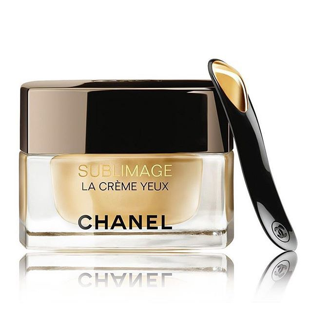 This new-eye cream from Chanel will make you look younger in no time! Introducing Chanel Sublimage La Creme Yeux. with an update formula Molecules from the Vanilla Planifolia flower and molecules ephemeres tandem with the flower and fruit will make a combination that intensified regenerating action that your aye areas would need. Want to look younger and stay fresh? Don't hesitate to try this new incredible product. #chanel #chanelskincare #marieclairebeauty #marieclairewoman #beauty…