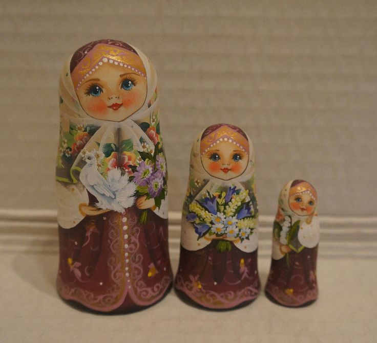 Russian Matryoshka - Wooden Nesting Dolls - 3 Pieces Unique Coloring - New #1