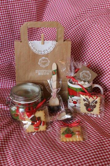 pack regalo para navidad compuesto por bote de galletas decoradas de navidad hot chocolate