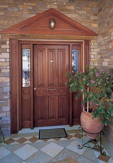 Chic and classy wooden door! #interSCALA #wood #door