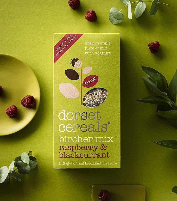 Muesli || Bircher Mix- Raspberry & Blackcurrant (blend of oats, sliced apple, freeze-dried raspberries & blackcurrants)