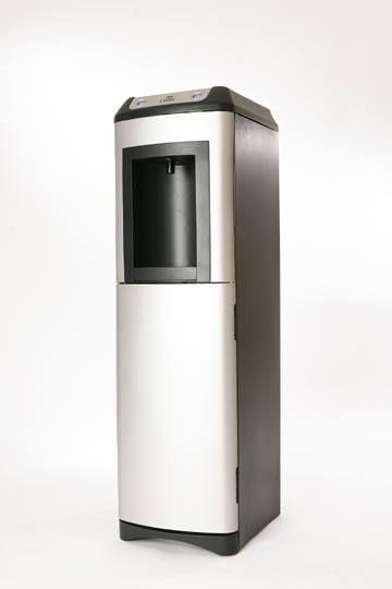 Νέα γενιά θερμοψυκτών που δίνει τη δυνατότητα να συνδεθεί σε παροχή νερού, ενώ επιλέγετε το φίλτρο της αρεσκείας σας. Παράλληλα, παρέχει ζεστό-κρύο νερό στο χαμηλότερο κόστος της αγοράς.
