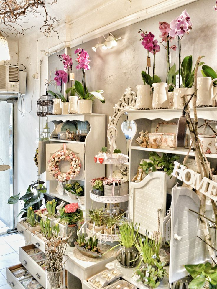 Best 25 flower shop interiors ideas on pinterest florist shop interior shop and florists - Garden decor stores ...