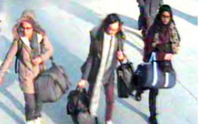 Le illusioni delle giovane musulmane ingannate dall'Isis Giovani, ingenue, vogliose di fuggire dagli obblighi restrittivi delle famiglie di origine si precipitano inseguendo un fasullo sogno, concesso da visioni ingannatrici trovate su internet. L'isis rec #isis #musulmane #ragazze