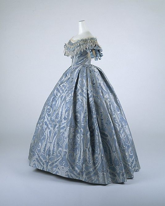 Ball Gown 1860, American, Made of silk and cotton