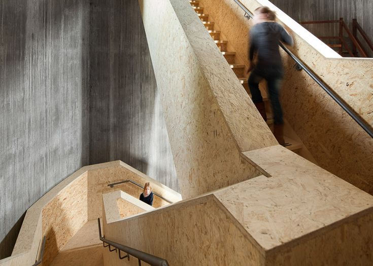 Zecc Architecten transforms an old water tower into a parkland observation point