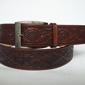 Mens ceinture western en 8 couleurs, ceinture en cuir, ceinture en cuir gaufré, ceinture vintage pour homme, en cuir ceinture emboss, ceinture western en cuir repoussé.
