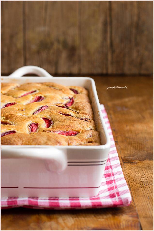 Custard strawberry cake - Torta alle fragole e crema pasticcera