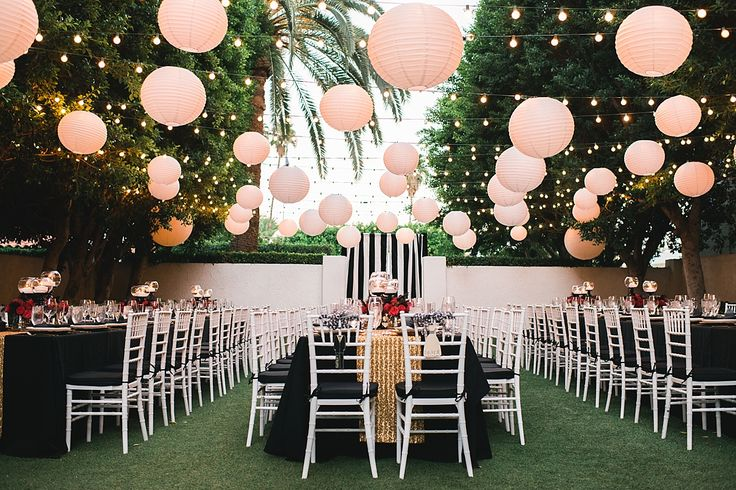 Black and gold glamorous Avalon Hotel Wedding and Reception at the Presidio Garden in Palm Springs.