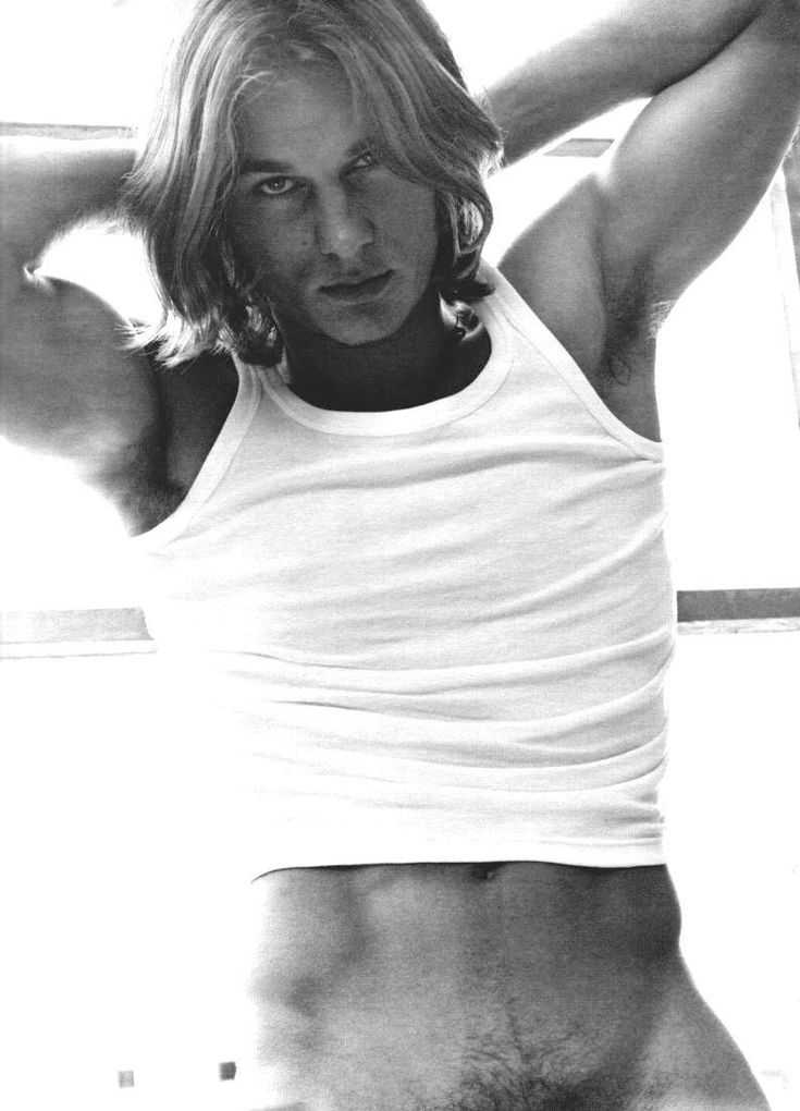 Before he was the sexy Scandinavian Viking, Ragnar, Fimmel was just another INSANELY BEAUTIFUL model. The inspiration for Sex and the City