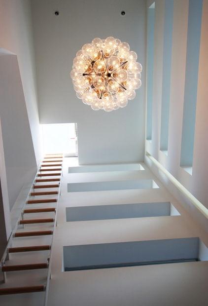 contemporary hall by bright designlab