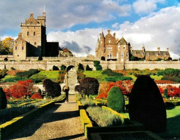 Drummond Castle , Perthshire