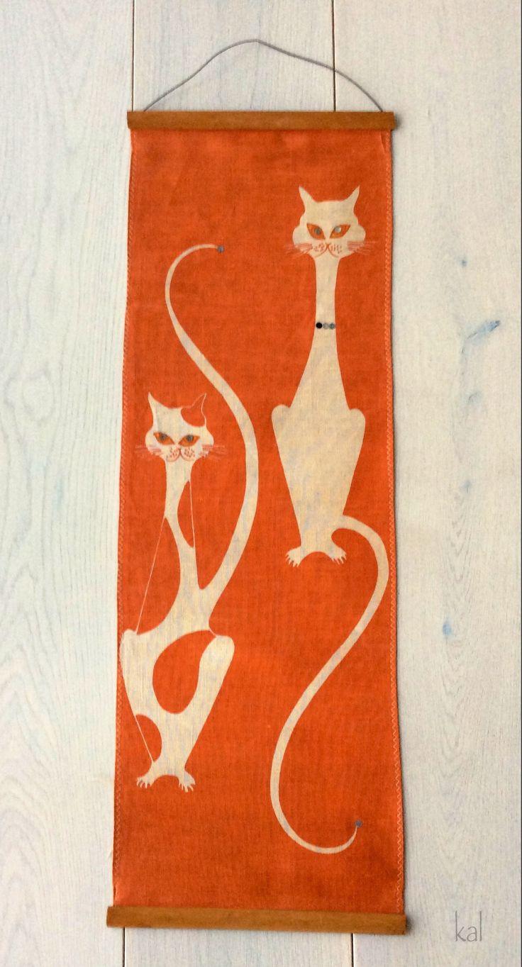 Retro cats linen wall hanging. c1970