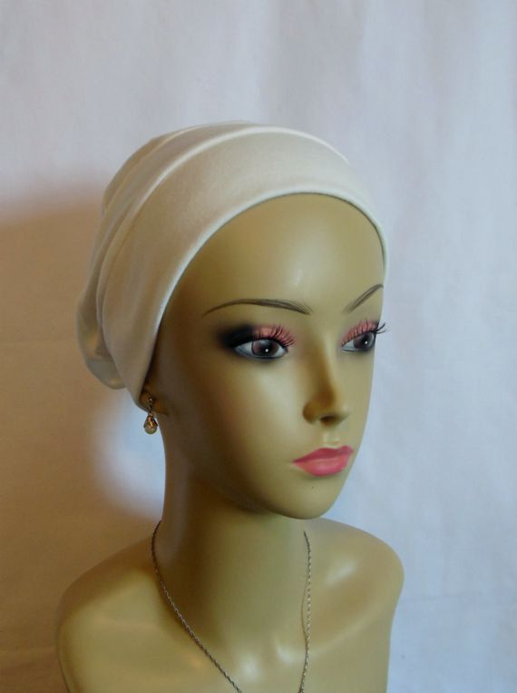 White Organic Cotton Turban 3-Seam, Soft Interlocking Knit for Chemo Cover with Daisy Pin