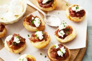 Caramelised red onion tarte tatins