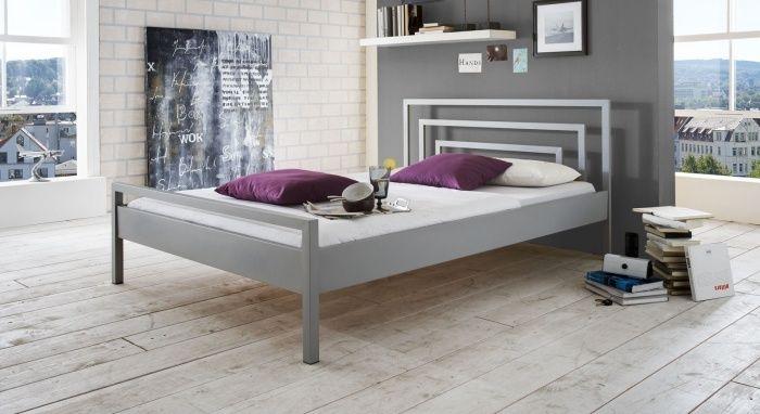 Bett für Jugendzimmer mit Metallrahmen-Petraro