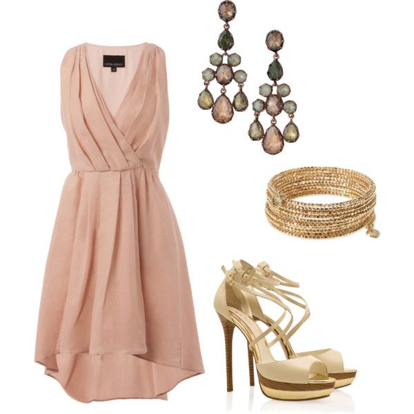 Sweet blush dress for date night or civil ceremony! Love the color
