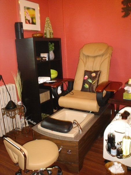 Beauty@HoneyFig Spa Pedicure Station.