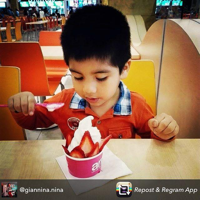 Porque nos importa alimentar saludablemente a nuestros niños, #amofrozenyogurt complemento perfecto para dietas saludables!  #amofrozenyogurt #amohelados #chilegram #tarapaca #zofri #iqq #iquique #instaiqq #instachile #instaiquique_official #iquiquegram #amonation #amo #amohelados  #sonrisa #clientesfelices