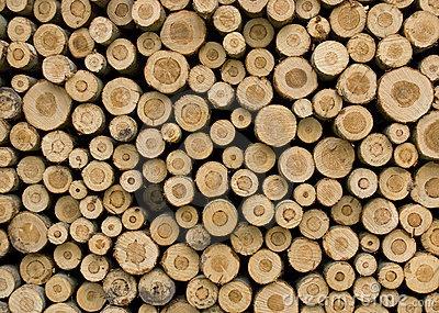 structuur, opgebouwd uit opgestapelde stukken boomstam