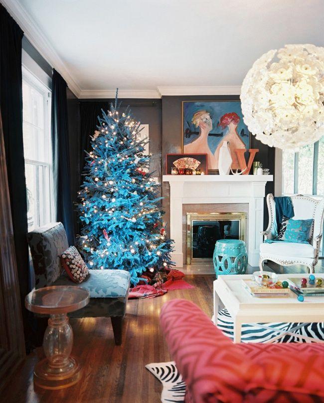 Эклектично-рождественская квартира дизайнера Михеля Ван Девендера.