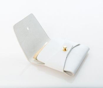 The Stitchless Wallet