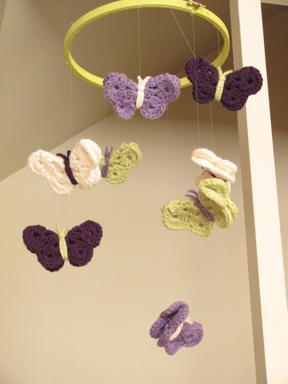 pretty in purple butterfly mobile artworks baby girls. Black Bedroom Furniture Sets. Home Design Ideas