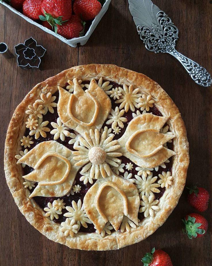 картинки как украсить пирог большом