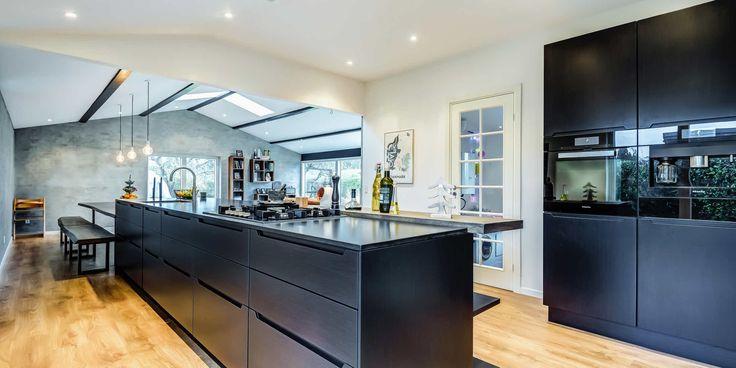 I-series køkken helt i sort