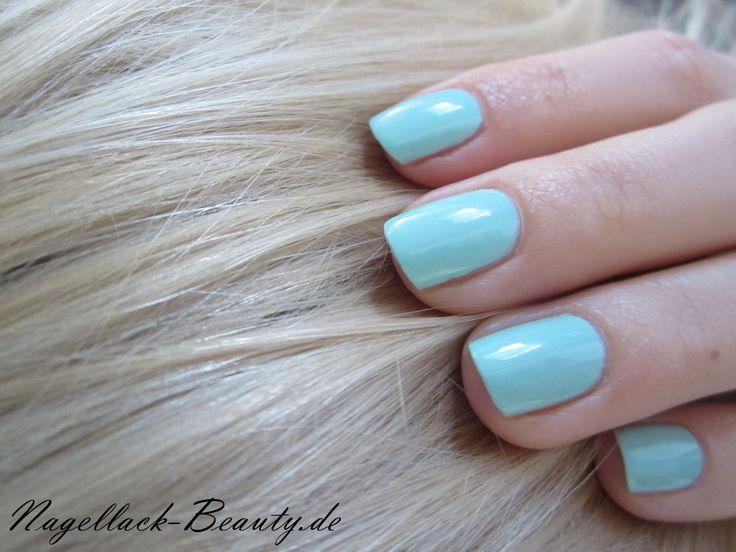 Mint for Life von Maybelline New York - http://www.nagellack-beauty.de/maybelline-mint-for-life/ Neue Haarfarbe und neuer Nagellack - der Sommer kann kommen! :D #mint #mintnagellack #mintforlife #mintcandyapple #essie #maybelline #nagellack #nagellackbeauty