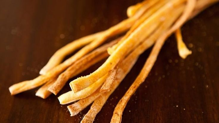 Blogger Angie McGowan of  Eclectic Recipes shares a recipe for thin, crisp Italian breadsticks.