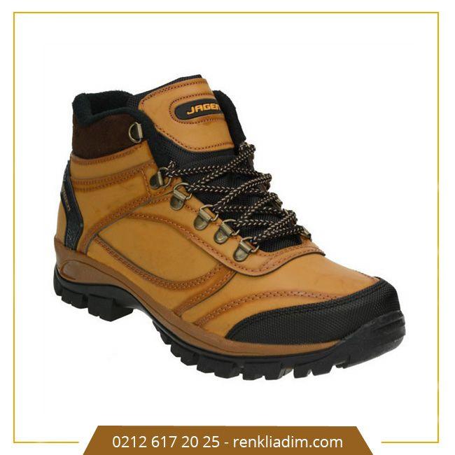 Sezon sonu erkek kışlık botlarda indirimler başladı.  ✨ Ürünü gör : http://bit.ly/1qaGfY0 #renkliadım #kış #bot #erkekbot #rahatlık #ayakkabı