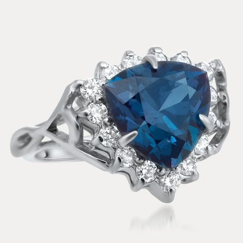 925 Silver Ring with Alexandrite