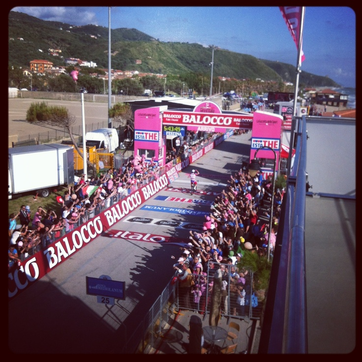 #Meta #GirodItalia #magliarosa
