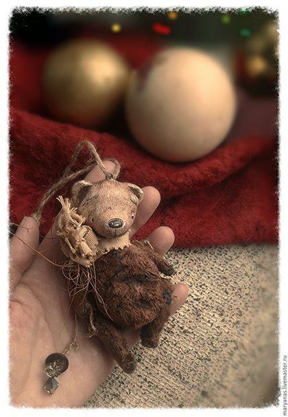 Игрушки животные, ручной работы. Ёлочный мишка. Новогодний декор.. Татьяна Савёлова. Ярмарка Мастеров. Мишка, состаренный мишка, вата