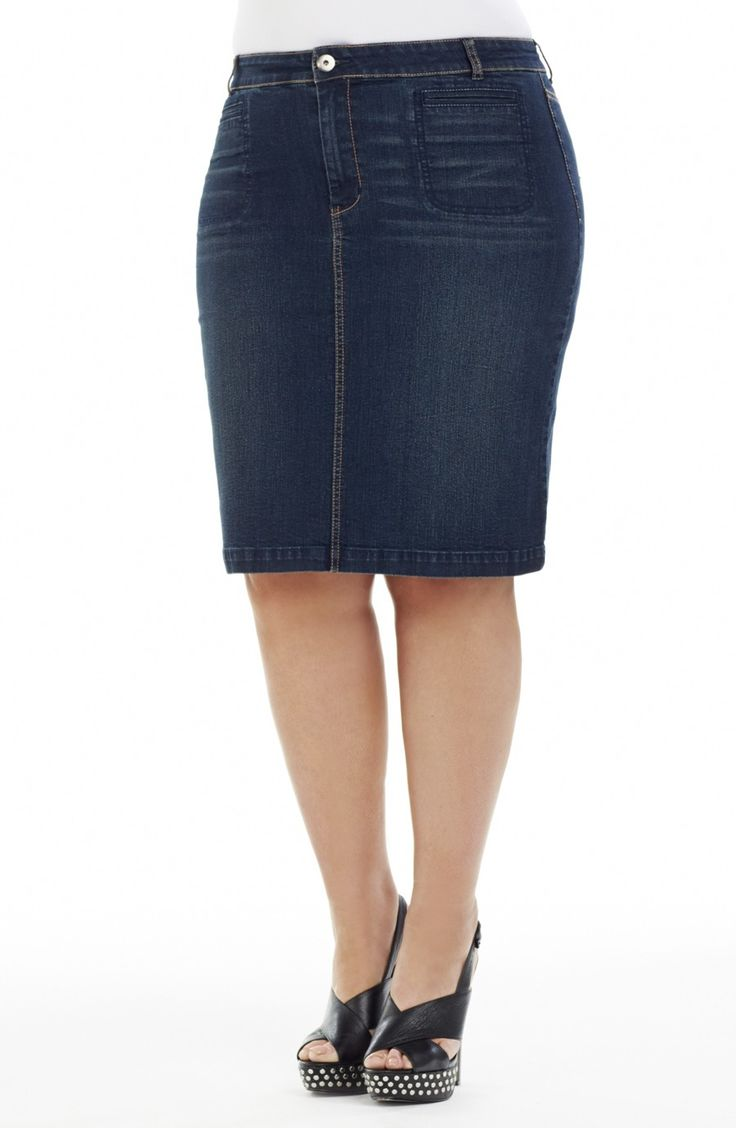 Denim Pencil Skirt/indigo  | Style No: SK8069 Stretch Dark Denim Knee Length Skirt. This skirt has a fly front. It features welt pockets at the front and two back pockets that have a stitching detail on them. There is a centre split at the hemline on the Back. #dreamdiva #plussize #dreamdivafiles
